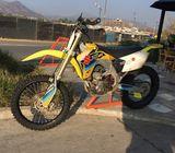 Vendo Suzuki RMZ450 en excelente estado