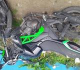 Moto Verde con negro