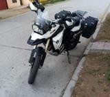 Moto bmw f800gs año 2012 con maletas