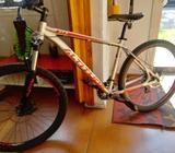 Bicicleta ALTITUDE. Kawell 4 , aro 27, 5 , talla L