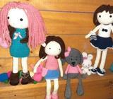 Muñecas crochet a mano
