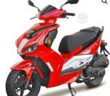 Moto takazaki años. 2021