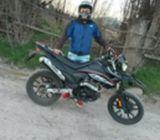 Compro moto um hypersport